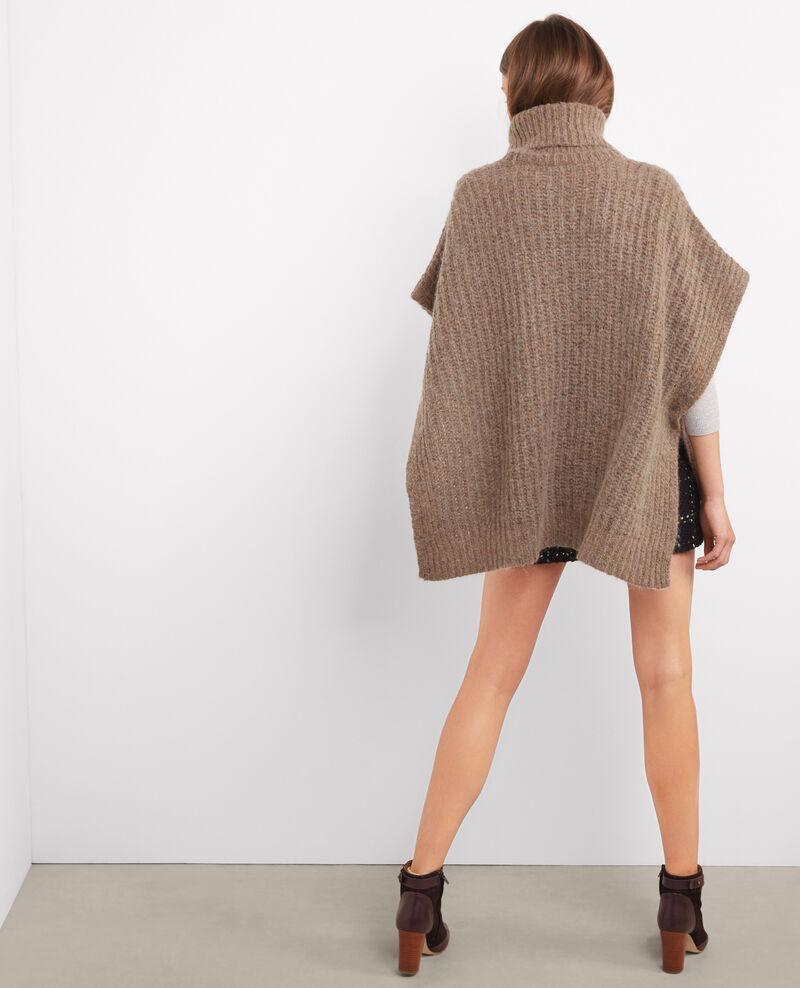Poncho oversize avec col roulé avec mohair et laine Beige Banksy