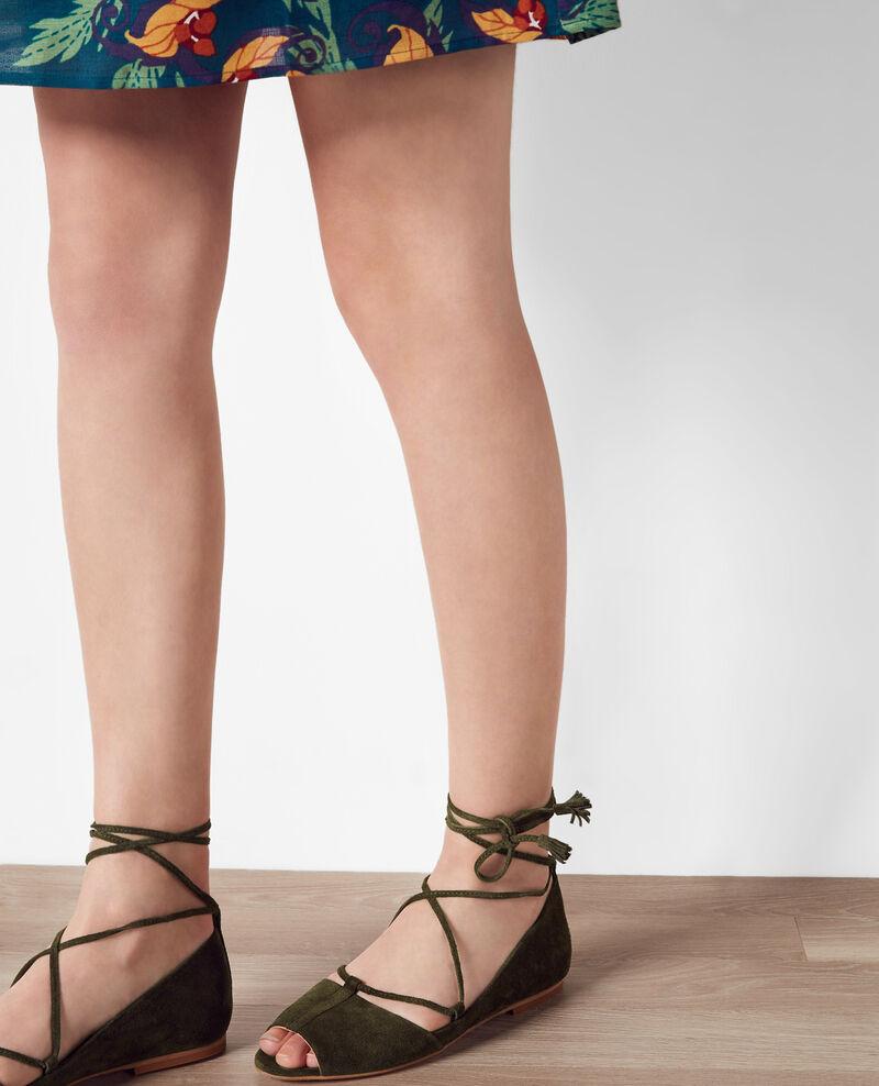 leder ballerinas mit offener spitze und schn rung veronese cabaret comptoir des cotonniers. Black Bedroom Furniture Sets. Home Design Ideas