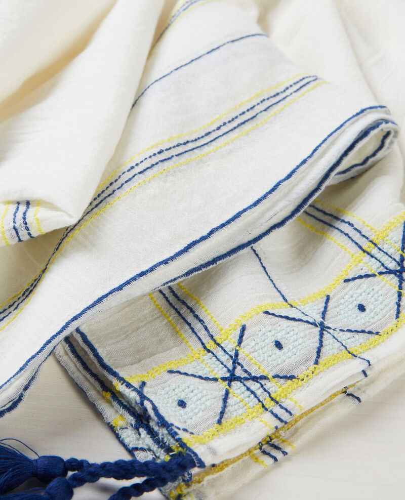Scarf with embroidery and tassels Off white Cembro