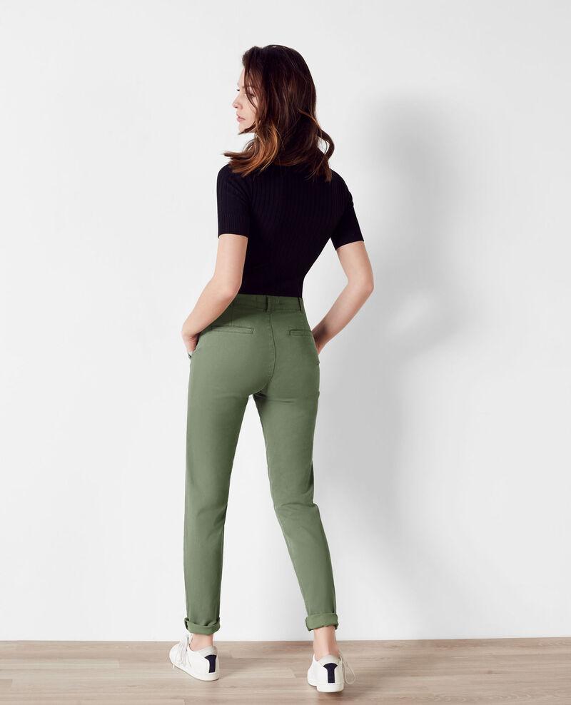 pantalon femme en soldes combinaison la mode. Black Bedroom Furniture Sets. Home Design Ideas