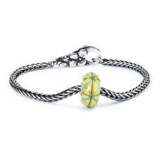 Summer Bushes Silver Bracelet, Flower Lock