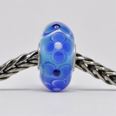 Unique Blue Bead of Honesty