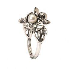 Aubépine avec perle