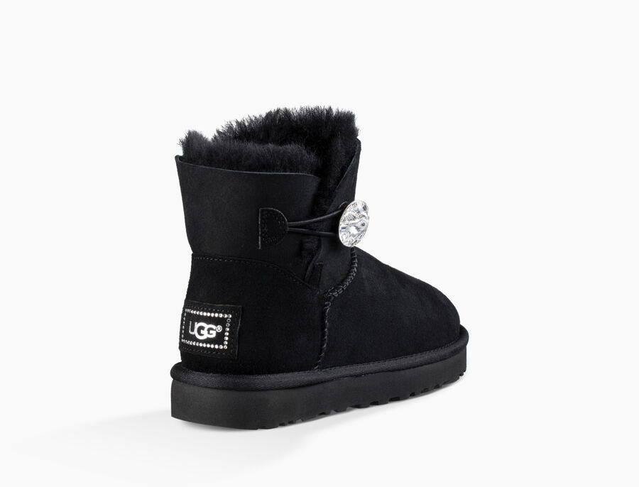 Yes, I want to join the UGG Rewards program. By joining UGG Rewards, I verify that I am 13 years of age or older and agree to the program. Terms & Conditions. Earn 1 .