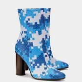 Pixels Boots