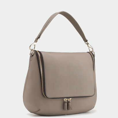 Maxi Zip satchel