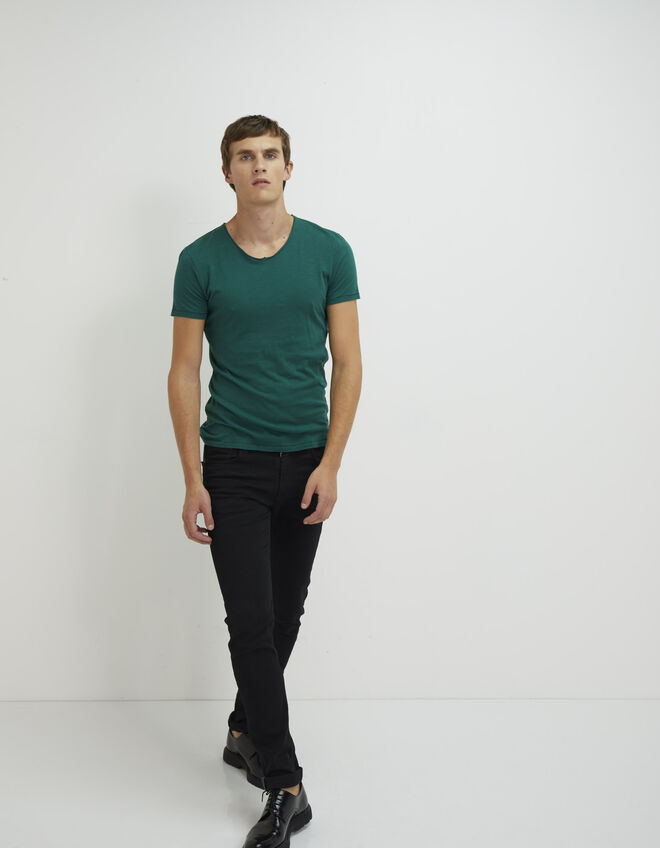 Men's green T-shirt