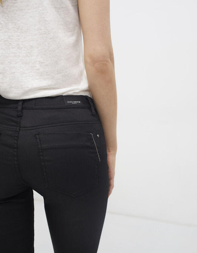Women's black jeggings