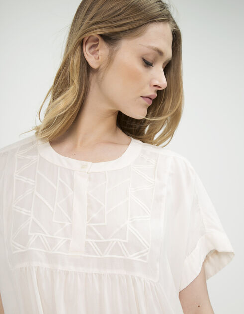 Top embroidered front