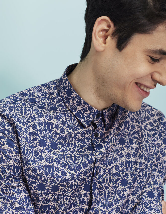 Men's flowery shirt