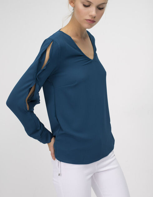Women's ruffled blouse