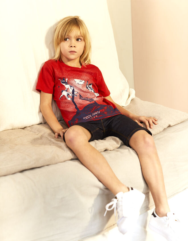 Boys' red T-shirt