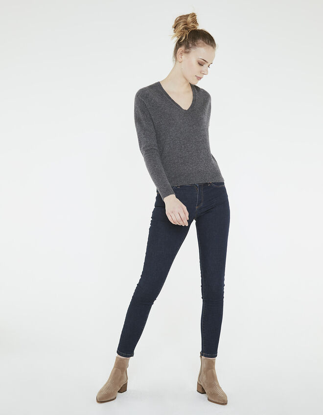 Women's grey cashmere sweater