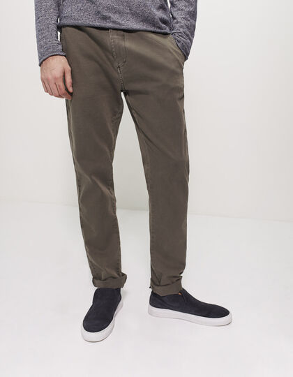 Men's tapered khaki trousers - IKKS Men