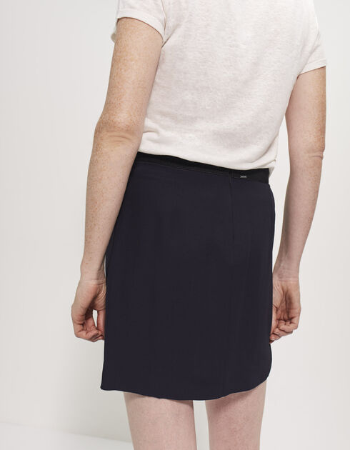 Women's pleated crêpe skirt