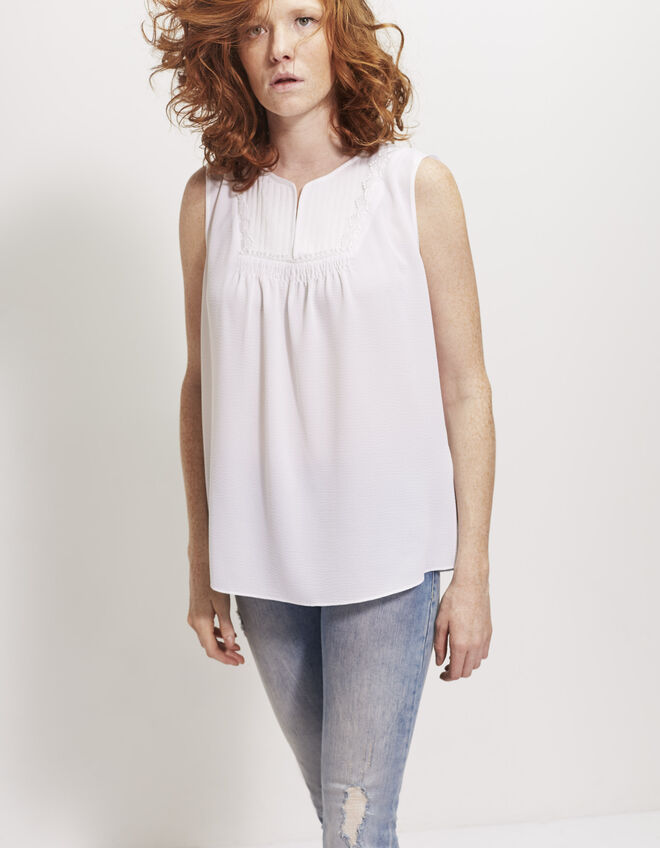Women's bib top