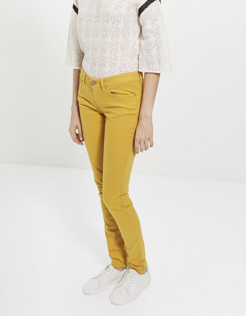 Yellow slim-fit jeans