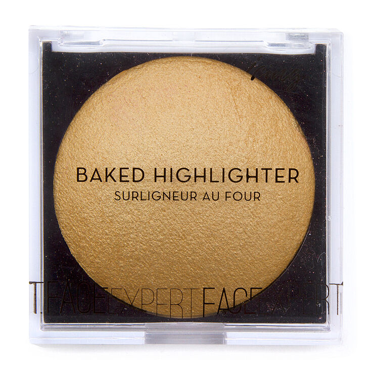 Expert Baked Highlighter Compact at Icing in Victor, NY | Tuggl