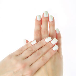 Iridescent White False Nails,
