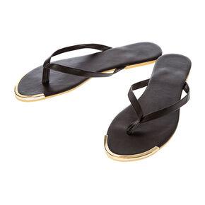 Black Flip Flops,