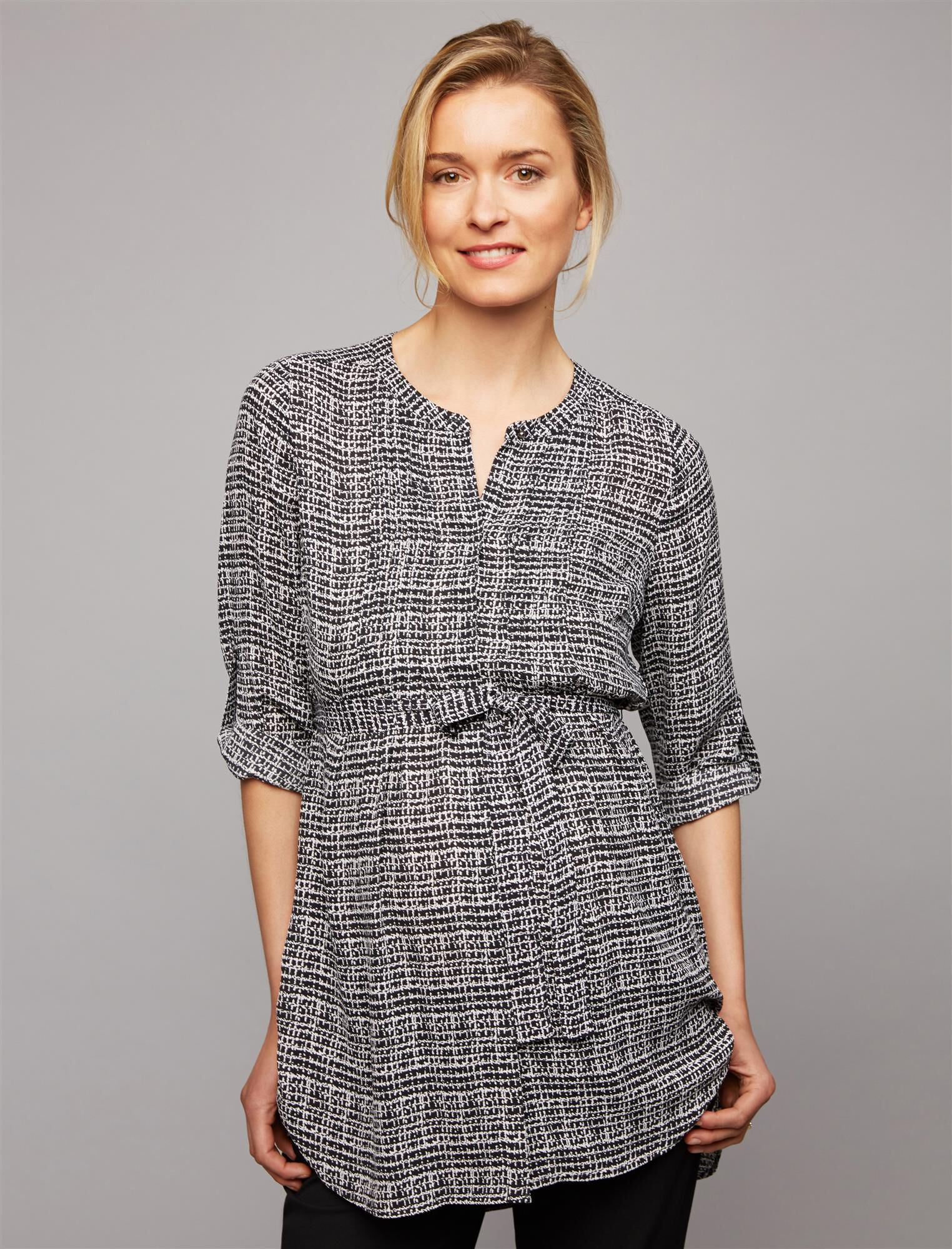 Daniel Rainn Convertible Sleeve Maternity Tunic