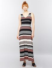 Sleeveless Chevron Stripe Maternity Maxi Dress, Black/White Stripe