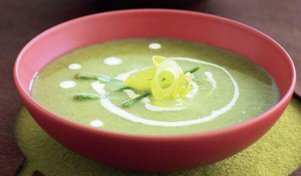 Potage de légumes verts