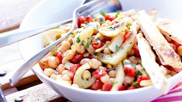 Salade de pois chiches, fenouil confit, sauce à l'orange et cumin