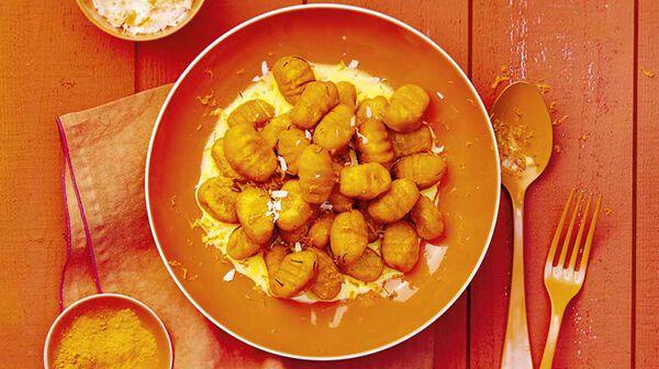 Gnocchi de patate douce à la menthe et sauce au safran