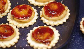 Bouchées au boudin blanc, foie gras et miel