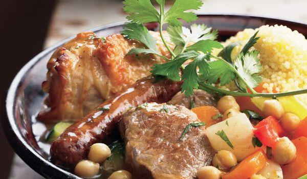 Couscous Royal, poulet, merguez et agneau (1 part)