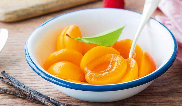 Abricots en oreillons