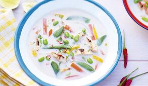 Soupe exotique au poulet et petits légumes