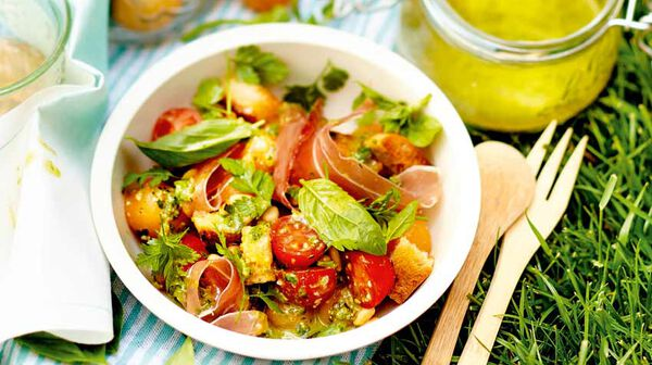 Salade de tomate et melon au pesto
