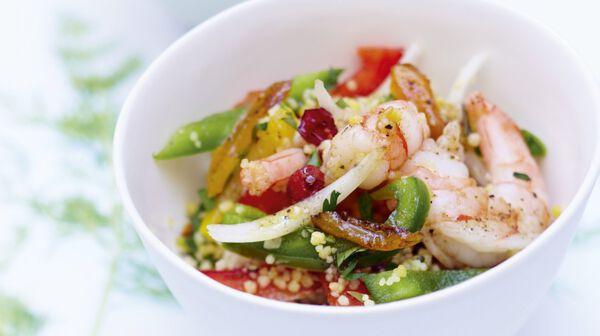 Salade de boulghour, crevettes et fruits secs