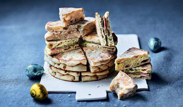 Pain surprise au pain polaire, 32 mini-sandwiches