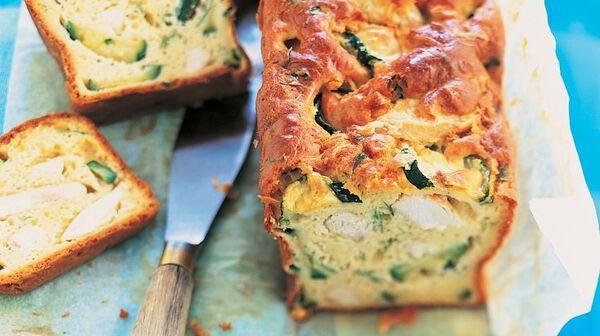 Cake au poulet, aux courgettes et à l'estragon