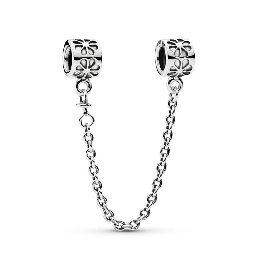 Artikel klicken und genauer betrachten! - Pandora Charms 790385-07 - Die PANDORA-Sicherheitskette aus Sterling-Silber ist mit kleinen Blüten auf beiden Clips verziert und hält dein Charms-Armband sicher am Handgelenk. Die Sicherheitskette ´´Gänseblümchen´´ sorgt dafür, dass du auch ewige Freude an deinem Schmuckstück hast und alle PANDORA-Elemente sicher beieinander gehalten werden. Entdecke die Vielfalt der PANDORA-Elemente und gestalte dein individuelles Schmuckstück. \ - 790385-07 Pandora Charms | im Online Shop kaufen