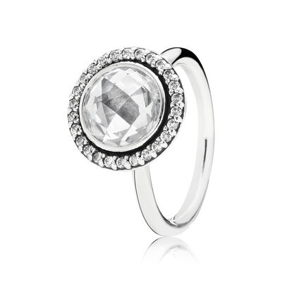 Statement Sparkling Ring