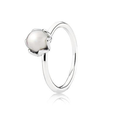 Grand Pearl Ring