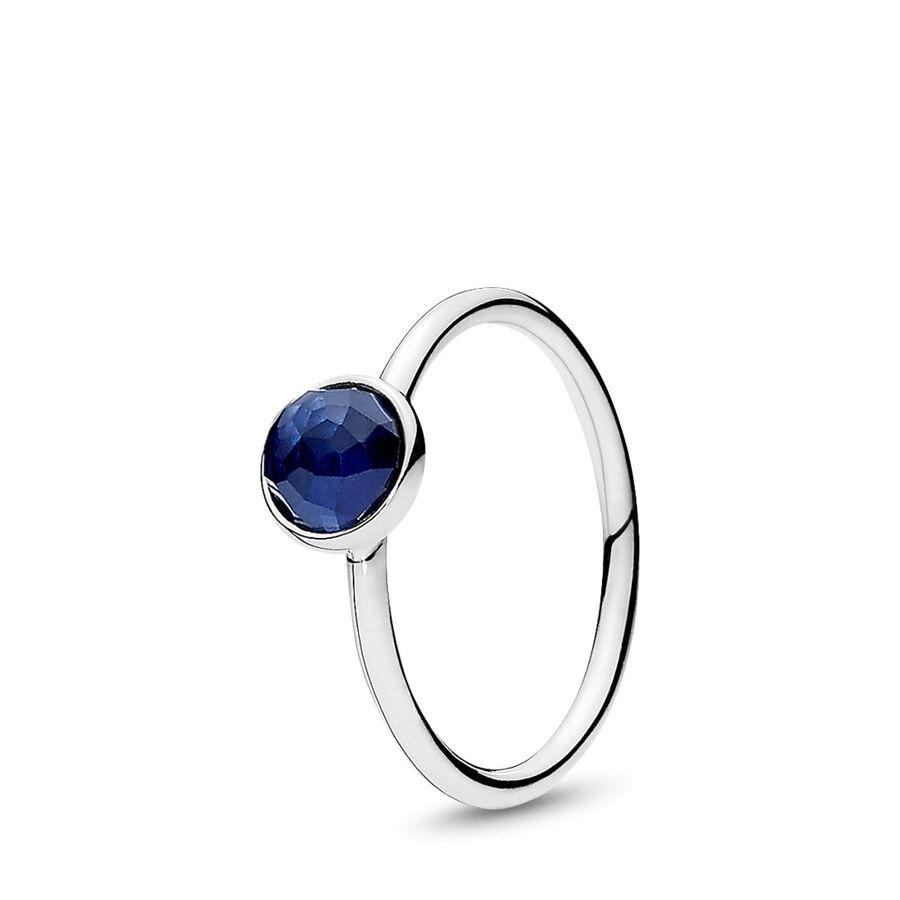 Artikel klicken und genauer betrachten! - Pandora Ringe 191012SSA-48 - Ein royalblauer synthetischer Saphir symbolisiert den Monat September und steht für Zuversicht und Vertrauen. Die blaue Farbe des Steins kommt durch den innovativen Blumen-Schliff besonders gut zur Geltung. - 191012SSA-48 Pandora Ringe | im Online Shop kaufen