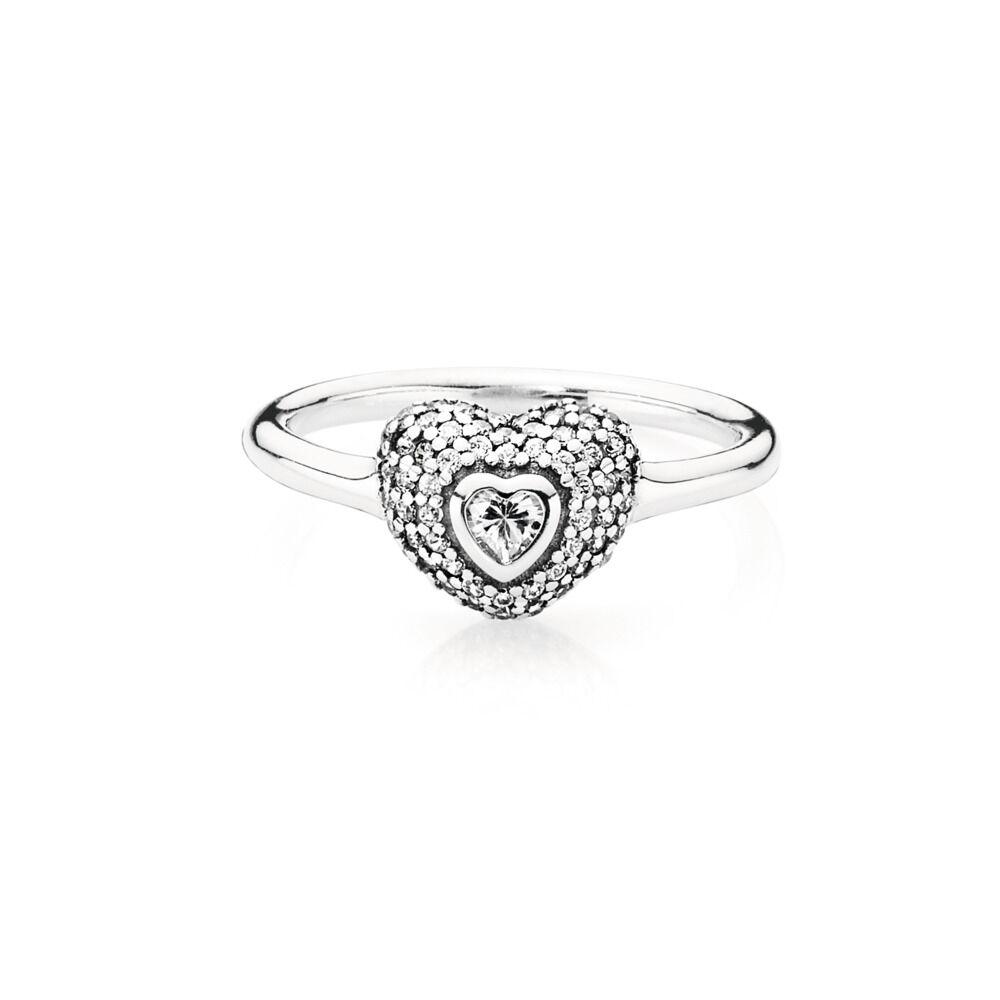 anello con cuore