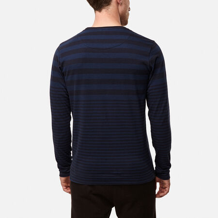 Legacy stripe l/slv t-shirt