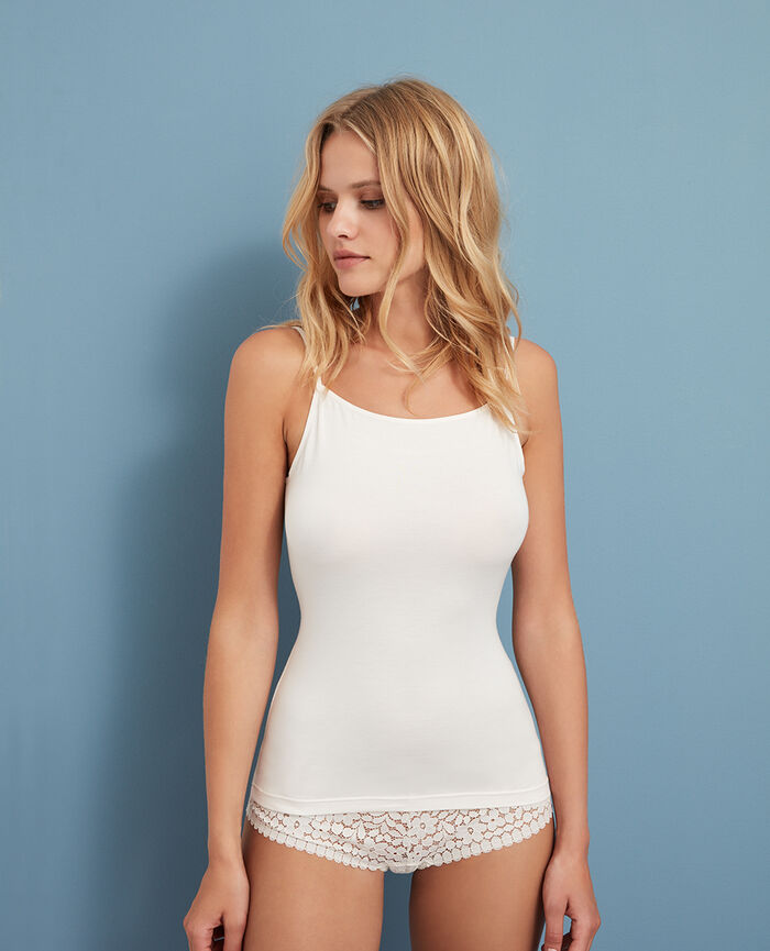 Cami Rose white Innerwear