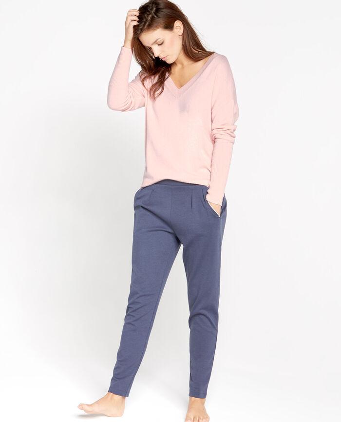 COZY Milky pink V-neck jumper