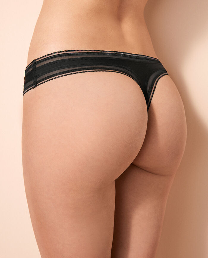 Thong Black Make up
