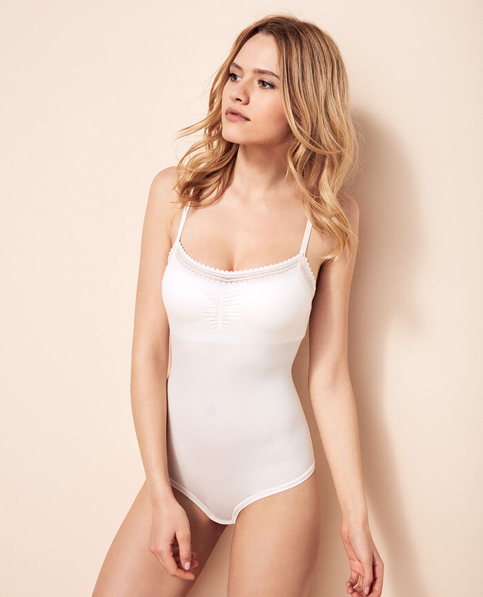BEAUTE Blanc rosé Body