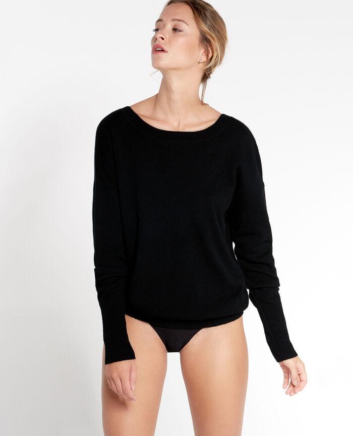 COZY Black V-neck jumper