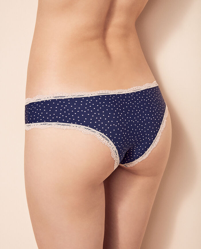 Brazilian briefs Blue spots Take away