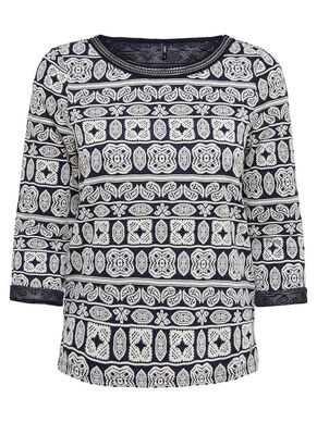 PATTERNED 3/4 SLEEVED TOP